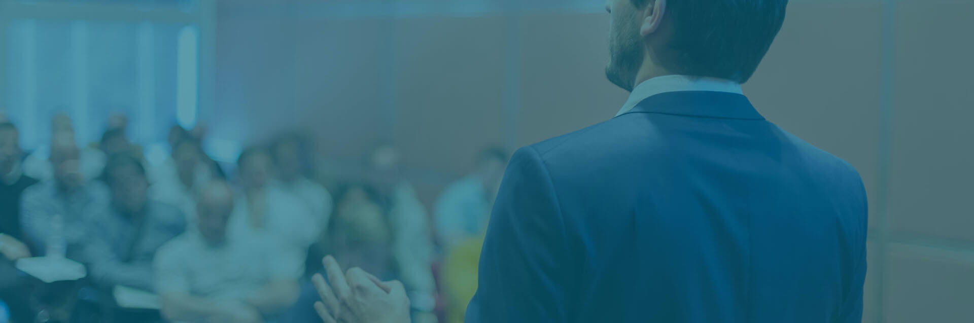 A mesma qualidade e metodologia de ensino do CADP, voltadas à prática de mercado, em formato online (aulas ao vivo e/ou com conteúdo gravado)